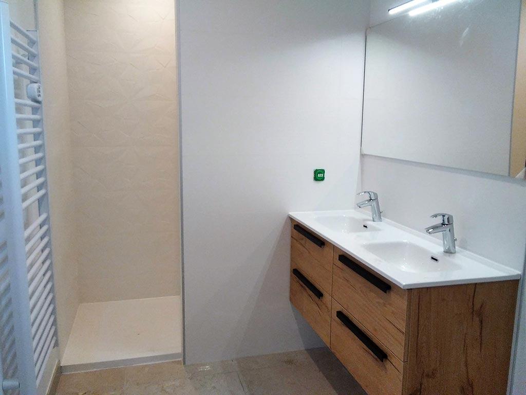 Salle de bains à l'italienne - rénovation Marseille 2021